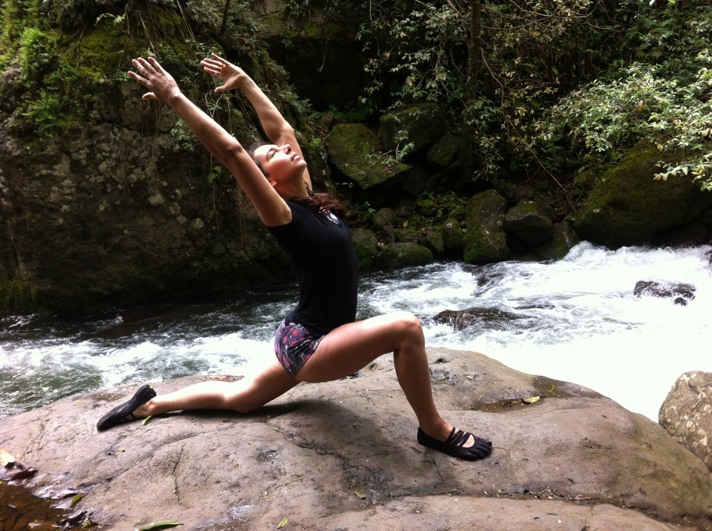 Anjaneyasana by river